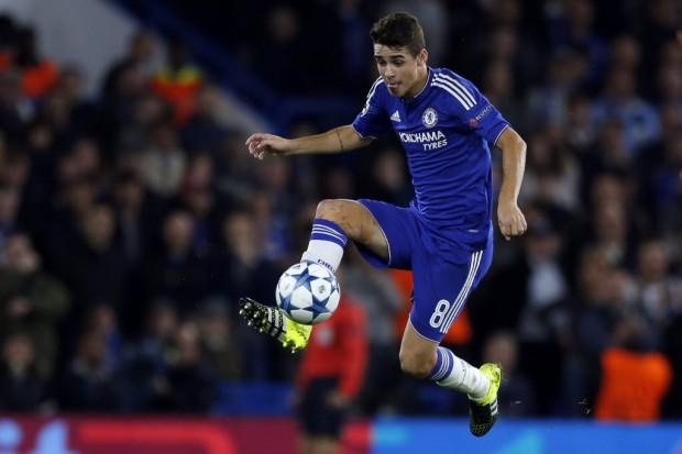 Contra o Maccabi, pela Champions League, Oscar voltou a atuar após lesão (Frank Augstein/Associated Press)
