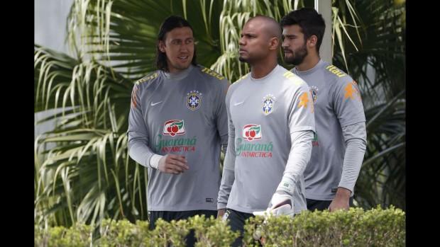 Cássio, Jefferson e Alisson no CT do Corinthians, onde a seleção treina (André Mourão/MoWA Press)
