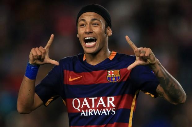 El jugador Neymar de Barcelona, festeja su anotación durante el partido del Grupo E de la Liga de Campeones de la Unión de Federaciones de Fútbol Europeas (UEFA, por sus siglas en inglés) ante Bate Borisov, celebrado en el Estadio Camp Nou, en la ciudad de Barcelona, España, el 4 de noviembre de 2015. (Xinhua/John Walton
