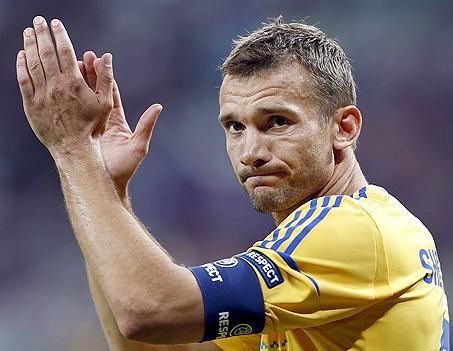 Shevchenko em partida da Euro-2012, que teve Ucrânia e Polônia como sedes (Rungroj Yongrit - 15.jun.2012/EFE)