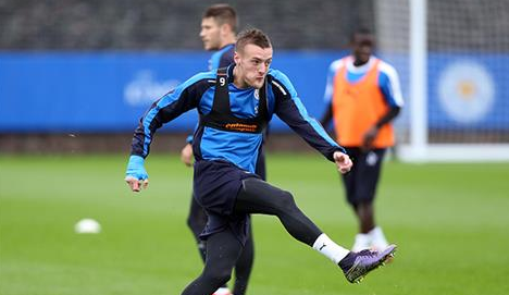 Vardy em treinamento do Leicester (Site oficial do Leicester City)