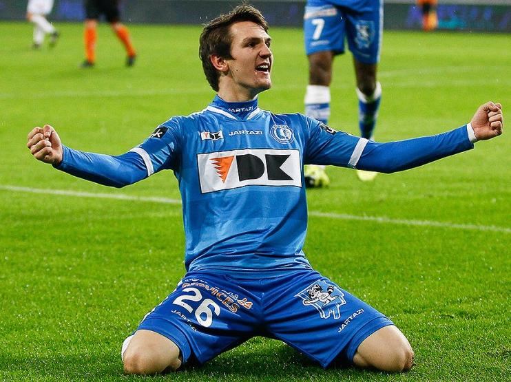Raman festeja seu gol na goleada de 5 a 0 no Westerlo (Reprodução - 20.nov.2015/Site do Gent)