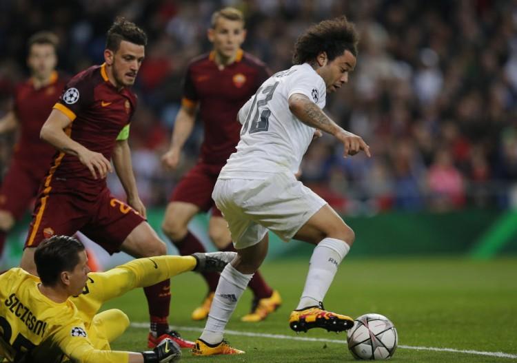 Marcelo em ação contra a Roma, pela Liga dos Campeões da Europa, na semana passada (Paul White - 8.mar.2016/Associated Press)