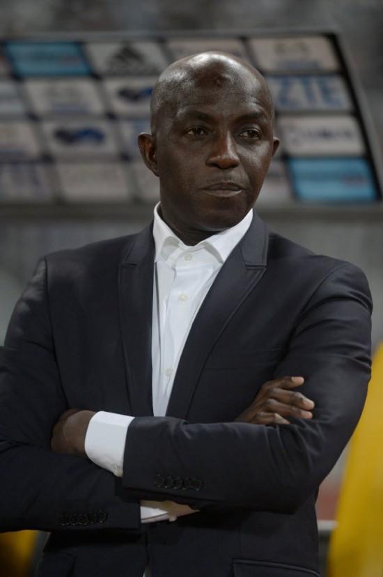 Samson Siasia, treinador interino da Nígeria, na derrota por 1 a 0 para o Egito pelas eliminatórias da Copa Africana de Nações Egito (Khaled Desouki - 29.mar.2016/AFP)