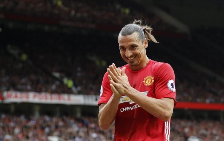 O sueco Ibrahimovic em Manchester United 4 x 1 Leicester na Premier League, jogo em que ele passou em branco (Darren Staples - 24.set.2016/Reuters)