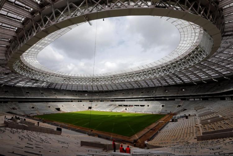 O estádio Luzhniki, em Moscou, que está em reconstrução para a Copa da Rússia-2018  (Maxim Zmeyev - 7.set.2016/Reuters)