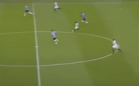 Gol de Cazares contra o Grêmio, em Porto Alegre (Reprodução/YouTube)