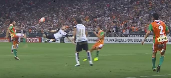 Gola de Marlone pelo Corinthians contra o Cobresal (Reprodução/YouTube)