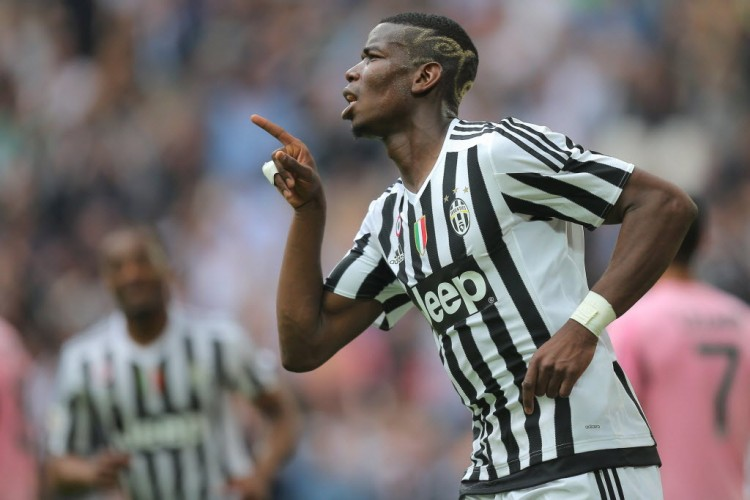Pogba, hoje no Manchester United, comemora gol pela Juventus no 1º semestre (Marcelo Bertorello - 17.abr.2016/AFP)