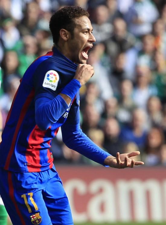 O atacante Neymar, do Barcelona, tem dois gols e sete assistências nesta Liga dos Campeões (Miguel Morenatti -  29.jan.2017/Associated Press)