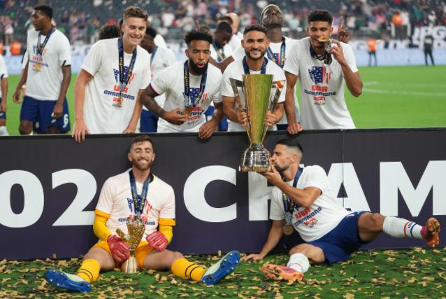 EUA desempatam campeonato regional mais polarizado do século